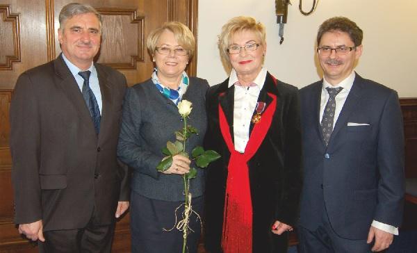 Złoty Krzyż zasługi dla Marii Wróbel