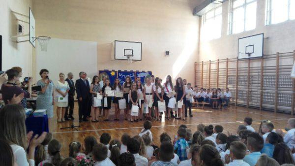 Zakończenie roku w Szkole Podstawowej w Woli Zaradzyńskiej